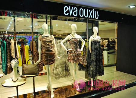 """如何通过 """"视觉营销"""" 让顾客对服装店铺过目不忘_店铺经营生活"""